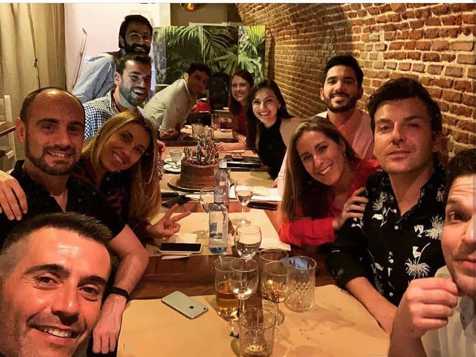 Organiza tu cena con amigos en Madrid en nuestro restaurante al mejor precio